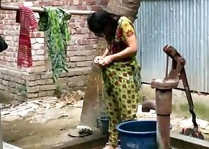 Desi skirt rinsing open-air be advisable for lively photograph http://zipvale.com/ffnn