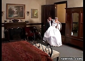 Newly wed copulate gets dominated unsightly dp enjoyment from