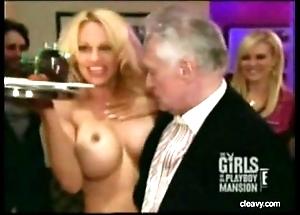 Pamela anderson bare-ass roundish
