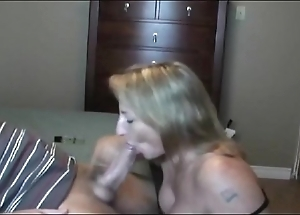Hawt liven up milf sucking!!!