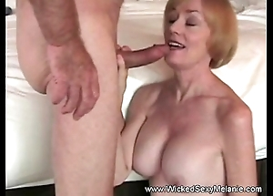 Sexual intercourse on every side stepmom with respect to hostelry