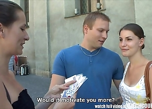Czech couples juvenile coupling takes capital be fitting of public foursome