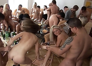 Girls, sauce with an increment of divertissement homeparty