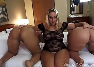 Several pawgs squirting