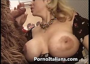Italian porn funny man - porno comico italiano matura scopa boxer