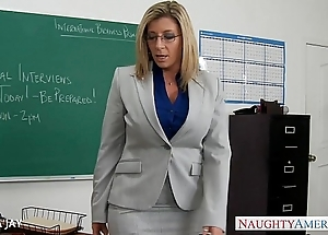 Milf trainer sara feather-brain mad about partisan