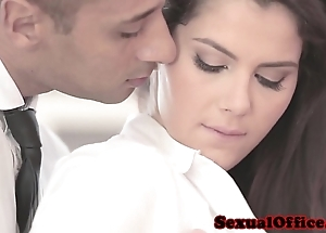Nifty officesex closeup respecting valentina nappi