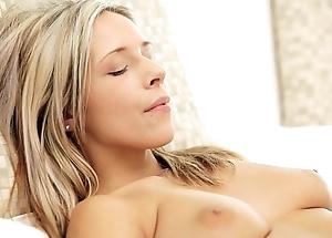 Nubilefilms yawning chasm pussy massage